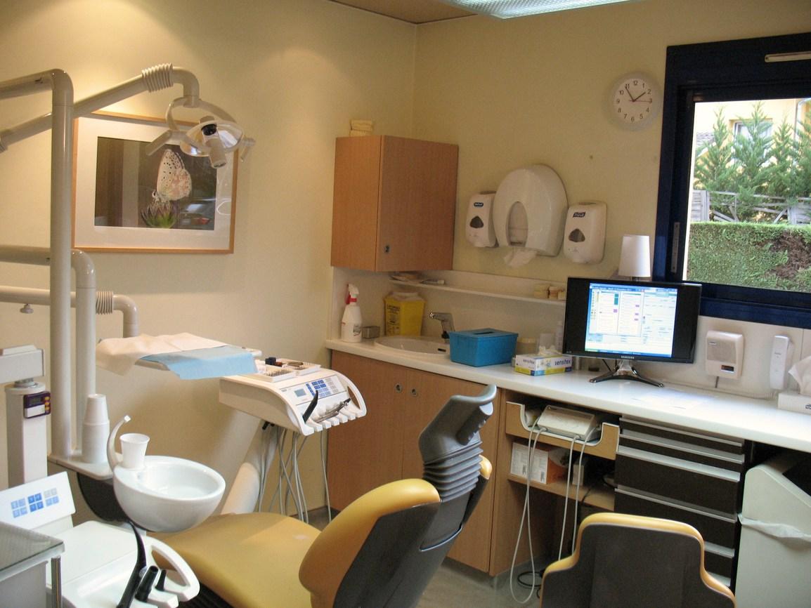 Le cabinet saint priest 69800 dentiste drs bernard et - Cabinet dentaire saint priest ...